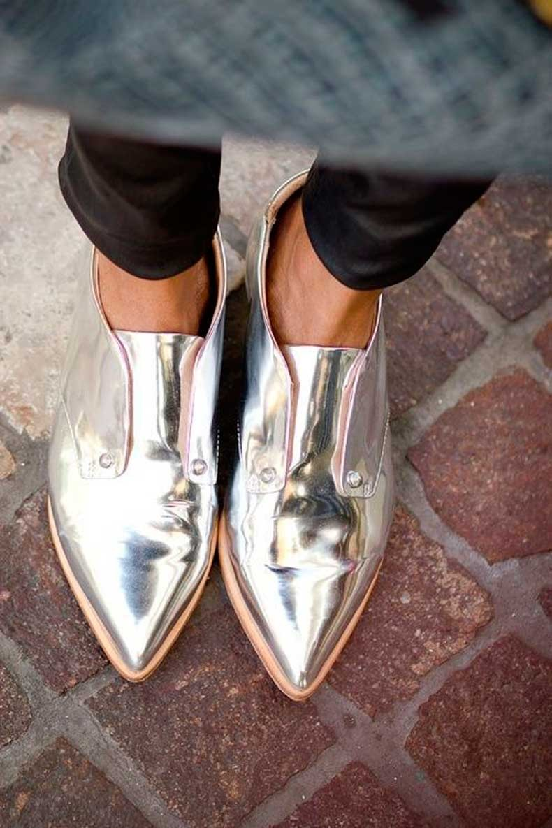 Metallic-Outfits-Womens-Street-Style-Looks-24