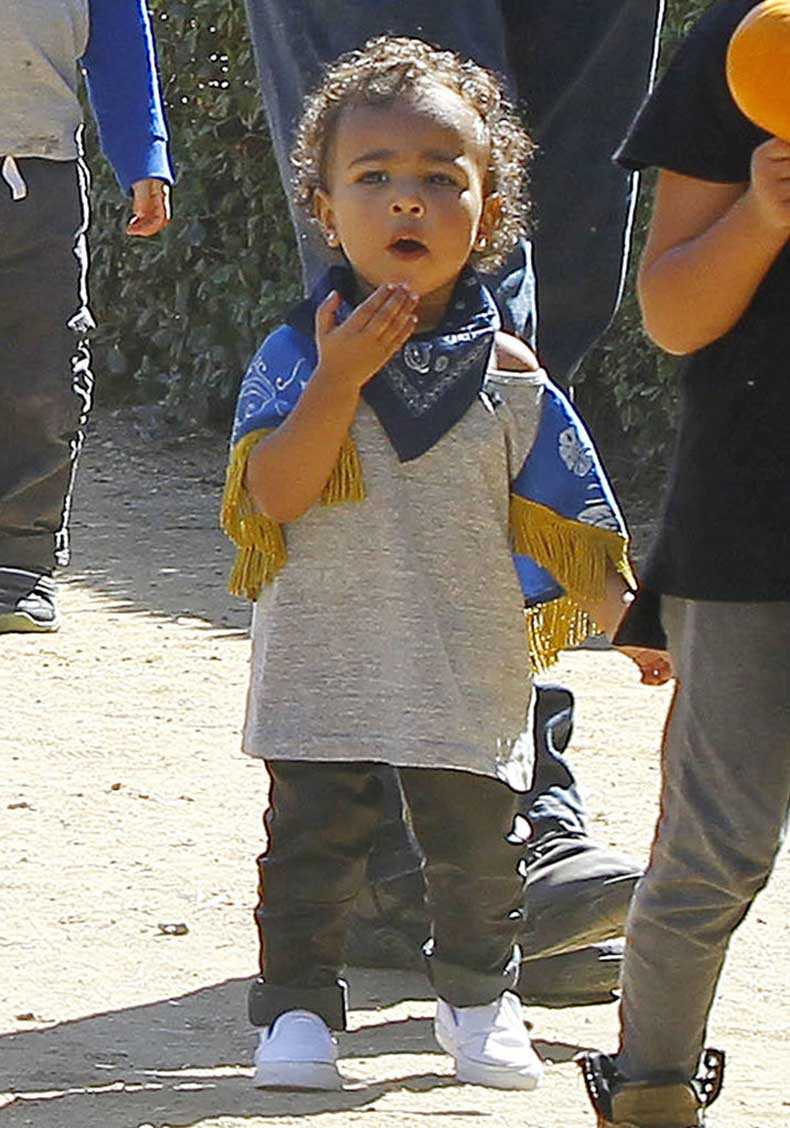 North-Knows-Just-About-Bandanna-Also-About-Fringe