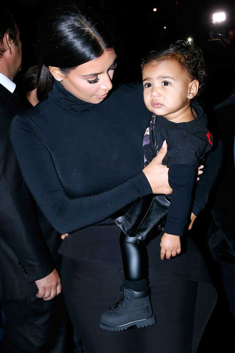 North-Makes-Leather-Leggings-Look-Edgy-Chic
