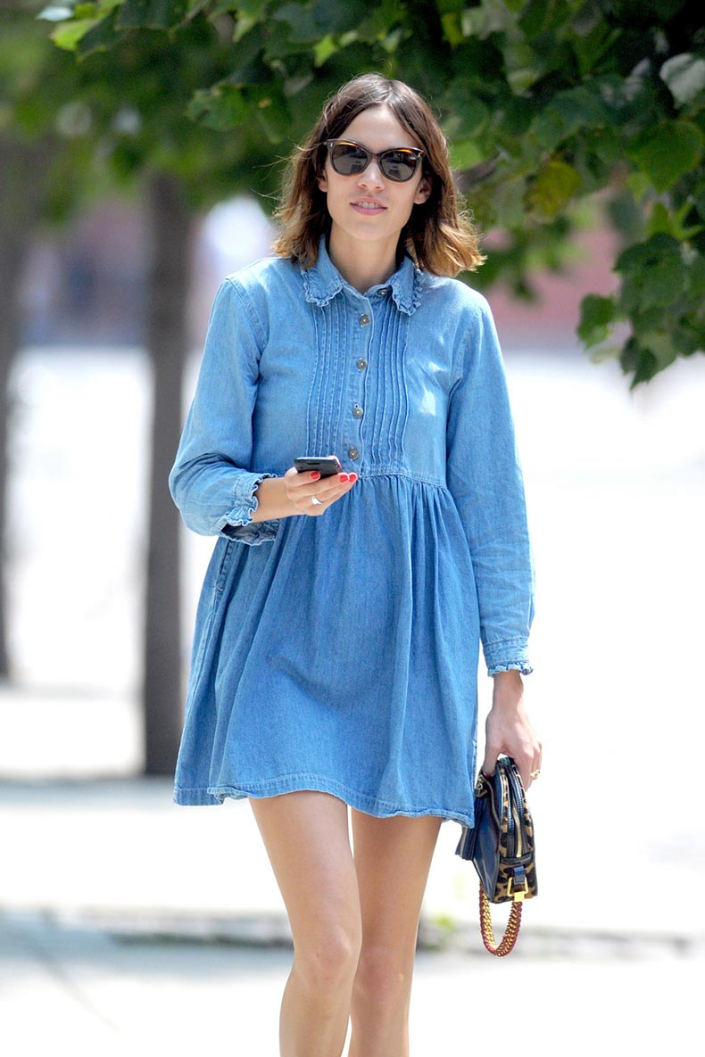 alexa-chung-denim-dress2