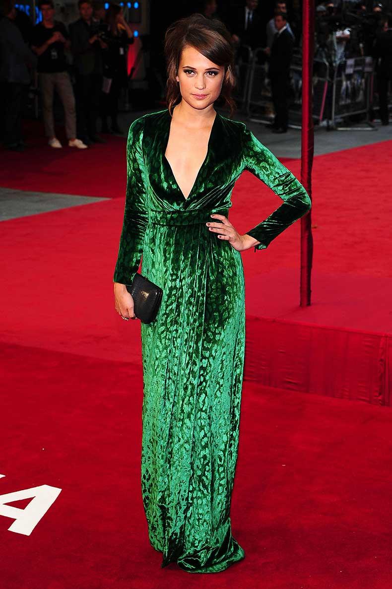 alicia-vikander-green-dress