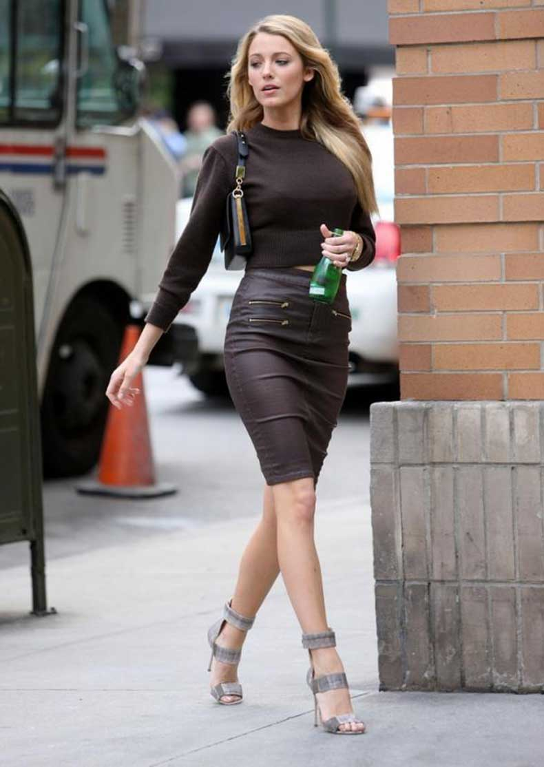 blake-lively-stylechi-2013-brown-cropped-sweater-high-waist-pencil-zip-skirt-strappy-grey-sandals