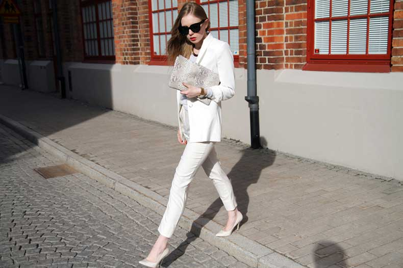 carolinaengman-white008s21
