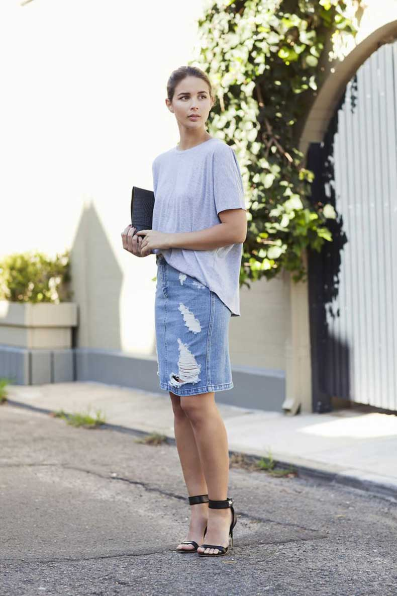 frayed-denim-skirt
