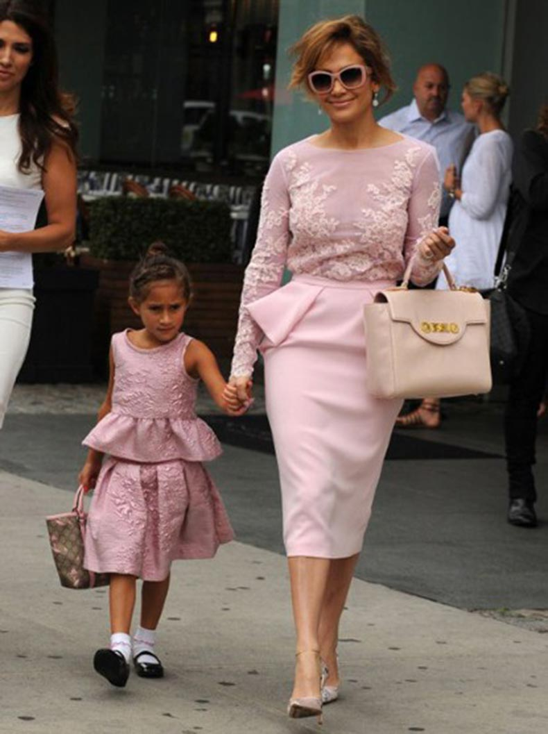 j-lo-daughter-gall_2971671a