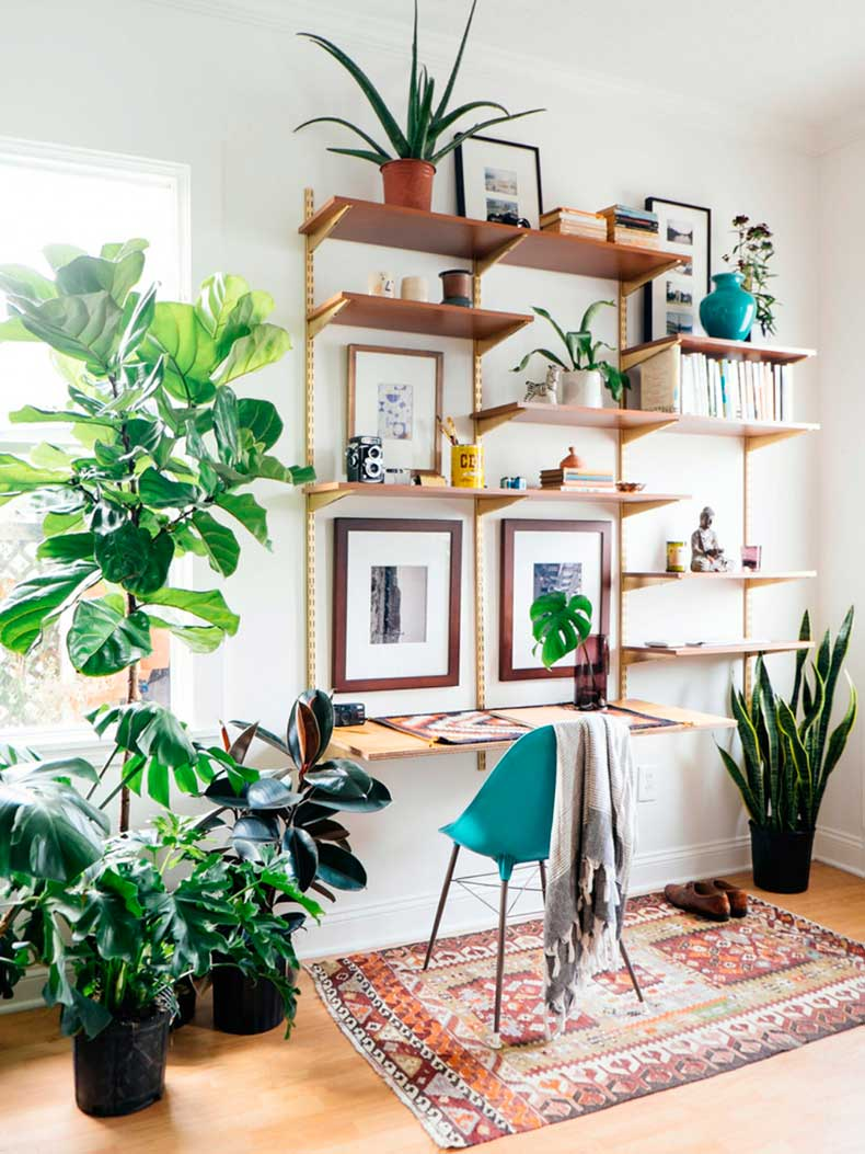 old-brand-new-blog-green-desk-space-home-office