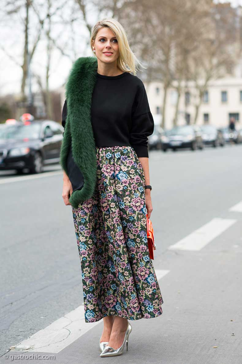 red-valentino-skirt-outside-the-dior-show