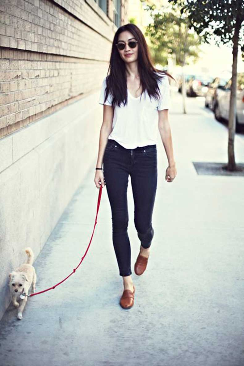 white-shirt-jeans-and-oxfords