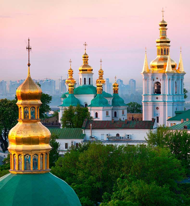 1.12Kiev-Pechersk-Lavra-Monastery