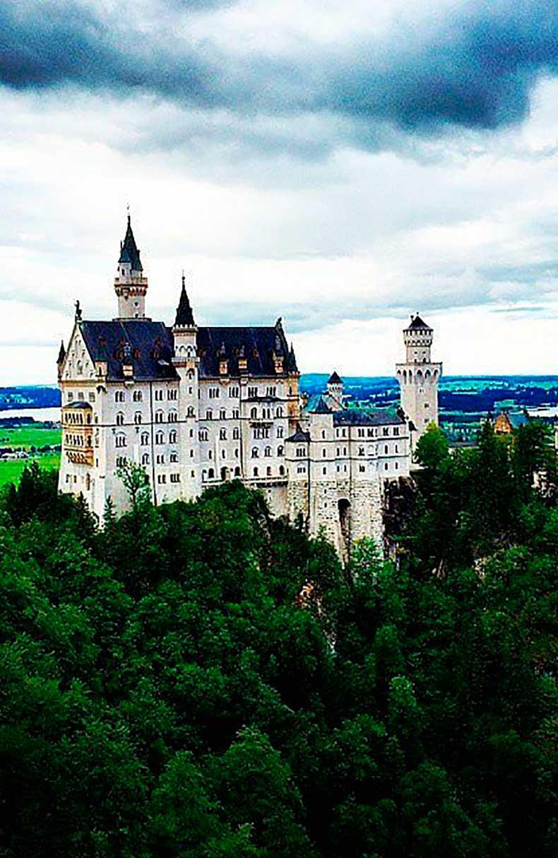 1.28Neuschwanstein-Castle