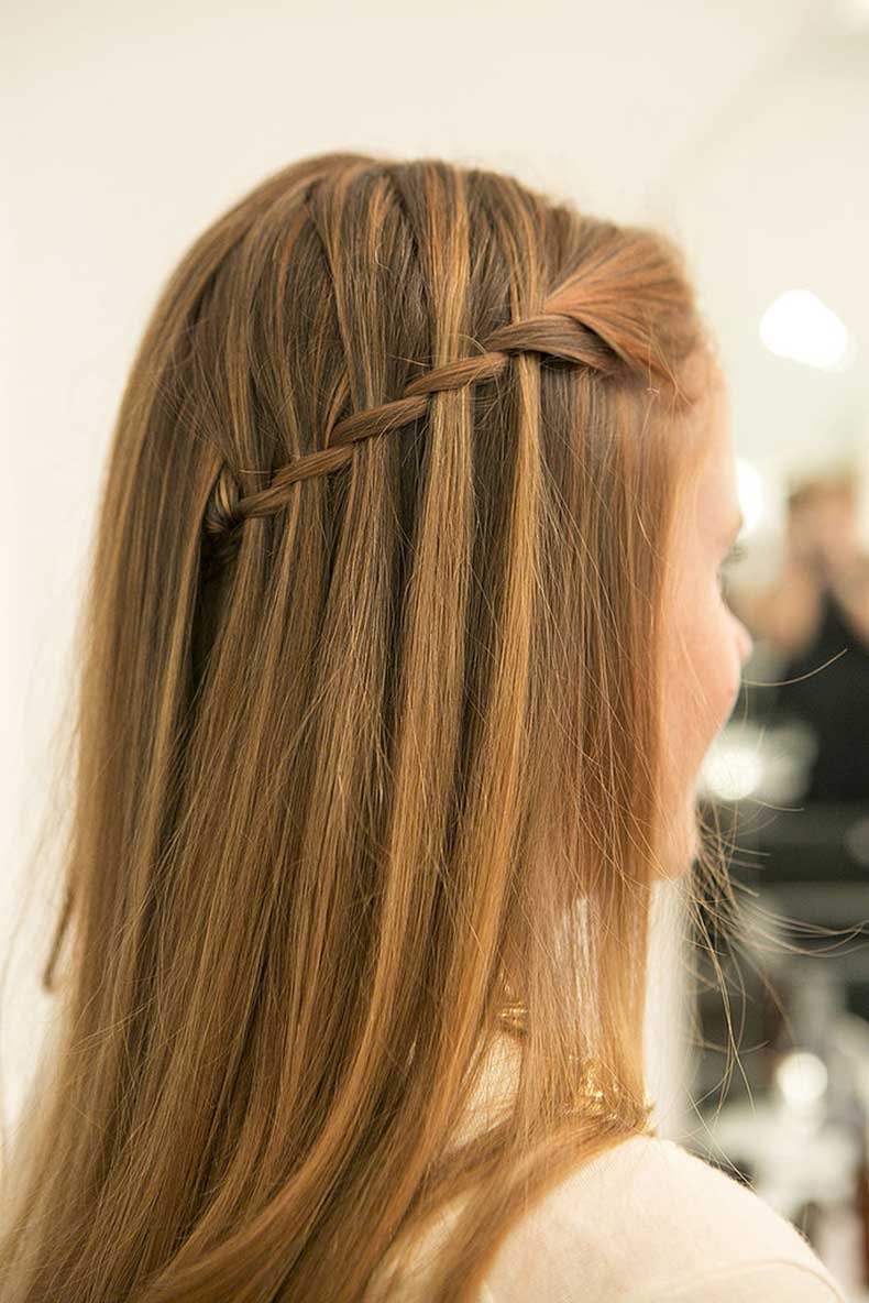 Drop-your-layers-over-pinned-back-braid-admire-your-pinnable