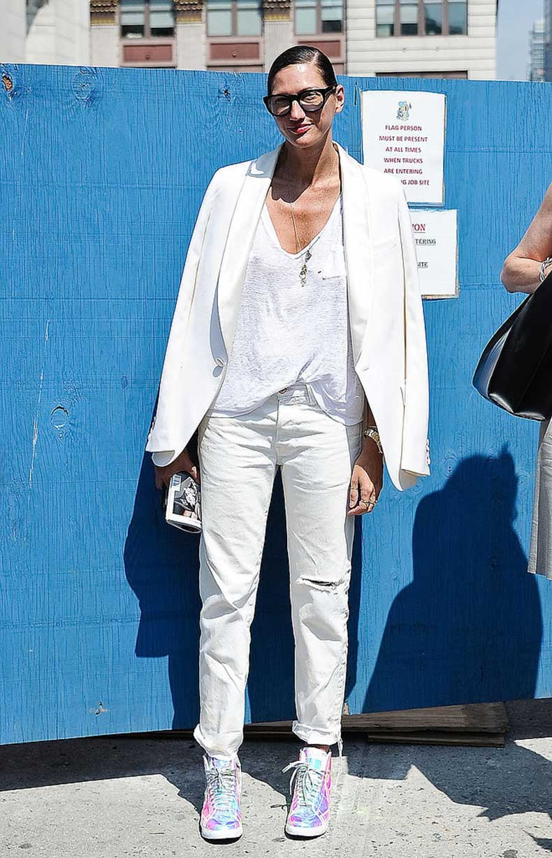 Et-voilà-Jenna-Lyons-makes-jeans-sneakers-feel-lot-more
