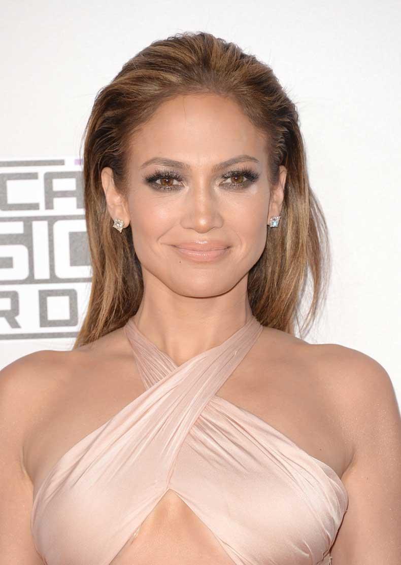 Jennifer-Lopez-Makeup-Nude-Lipstick-rwkxpJh6VbAx