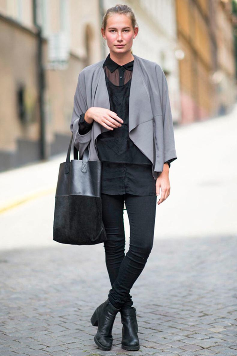 STREET-STYLE-STOCKHOLM-SWEDEN-COLOR-BLOCK-TOTE-LAYERS-SKINNY-BLACK-JEANS-ANKLE-BOOTS-SHEEER-BUTTON-DOWNELLE-MAGAZINE-STREET-CHIC-emma-wikheim-PHOTO-BY-ADAMKATZ-SINDING-LE-21EME