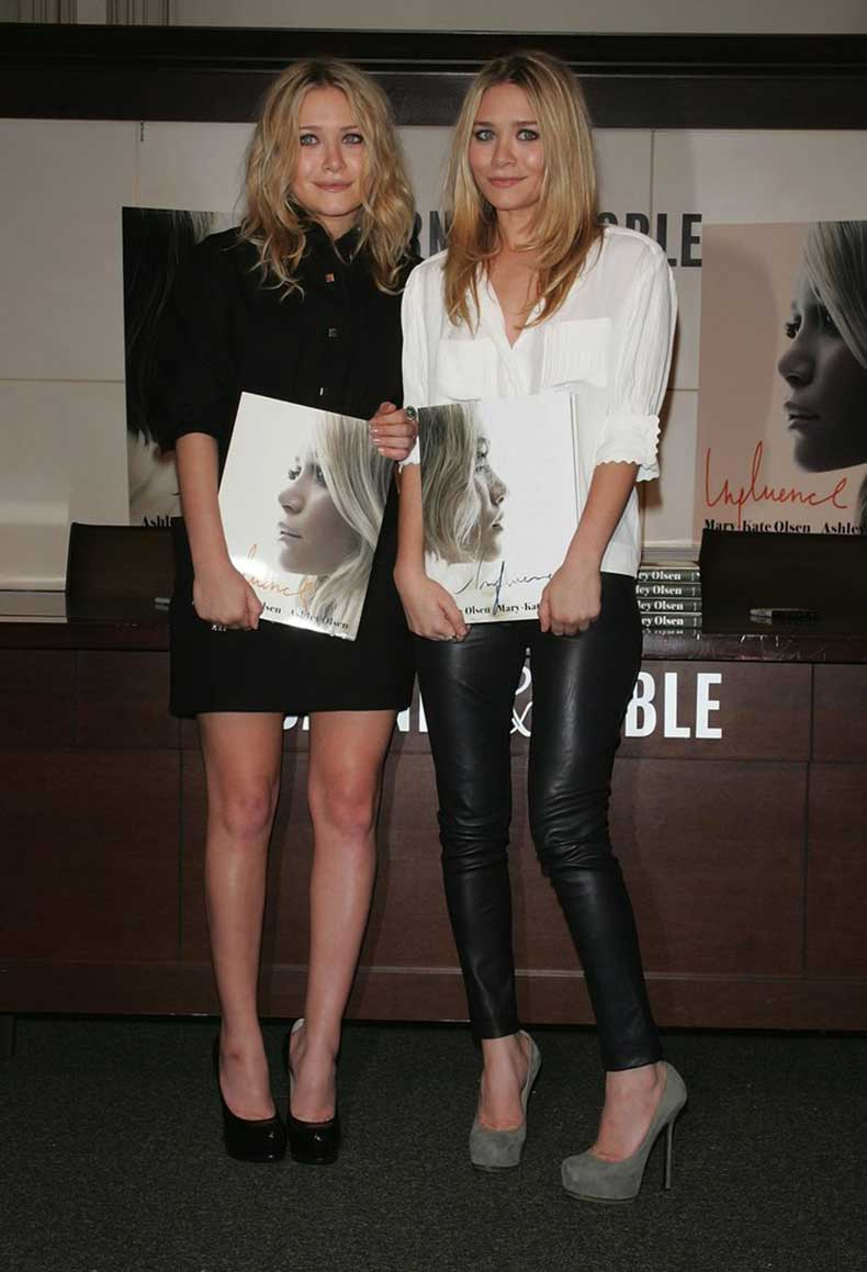 Twinning-combo-2008-NYC-book-signing-both-girls-proved