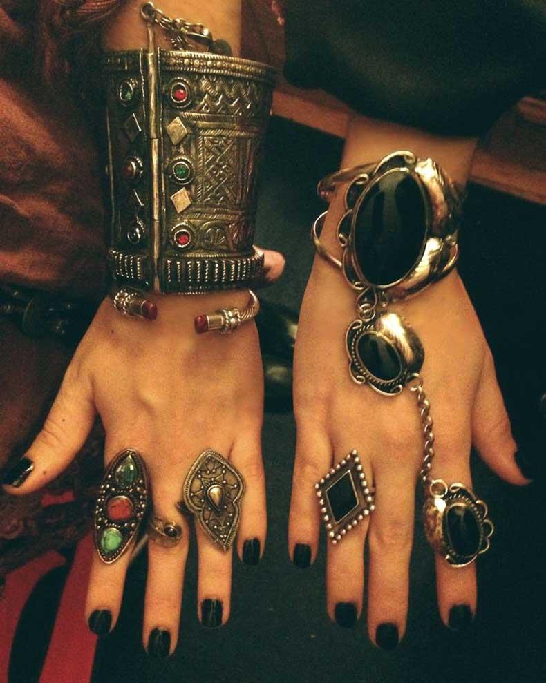 black-nails-and-boho-jewelry
