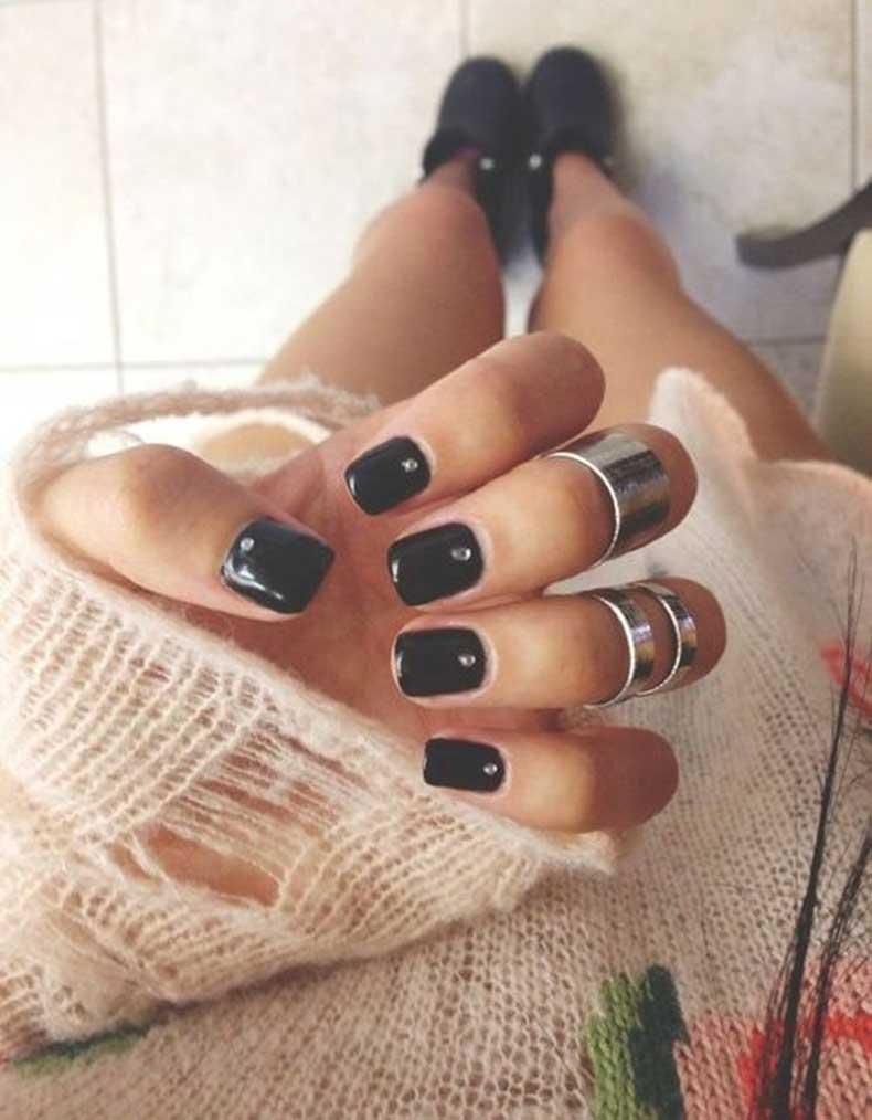 cute-black-nails