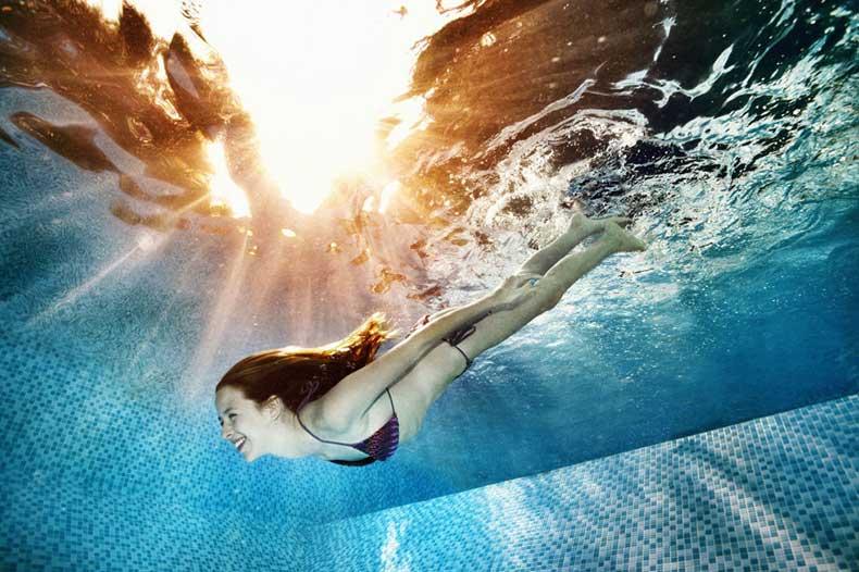 gallery-1429734269-pool