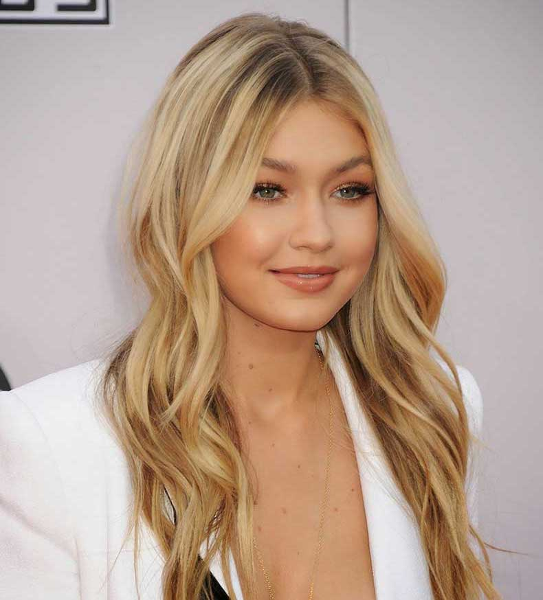 gigi-hadid-american-music-awards-03