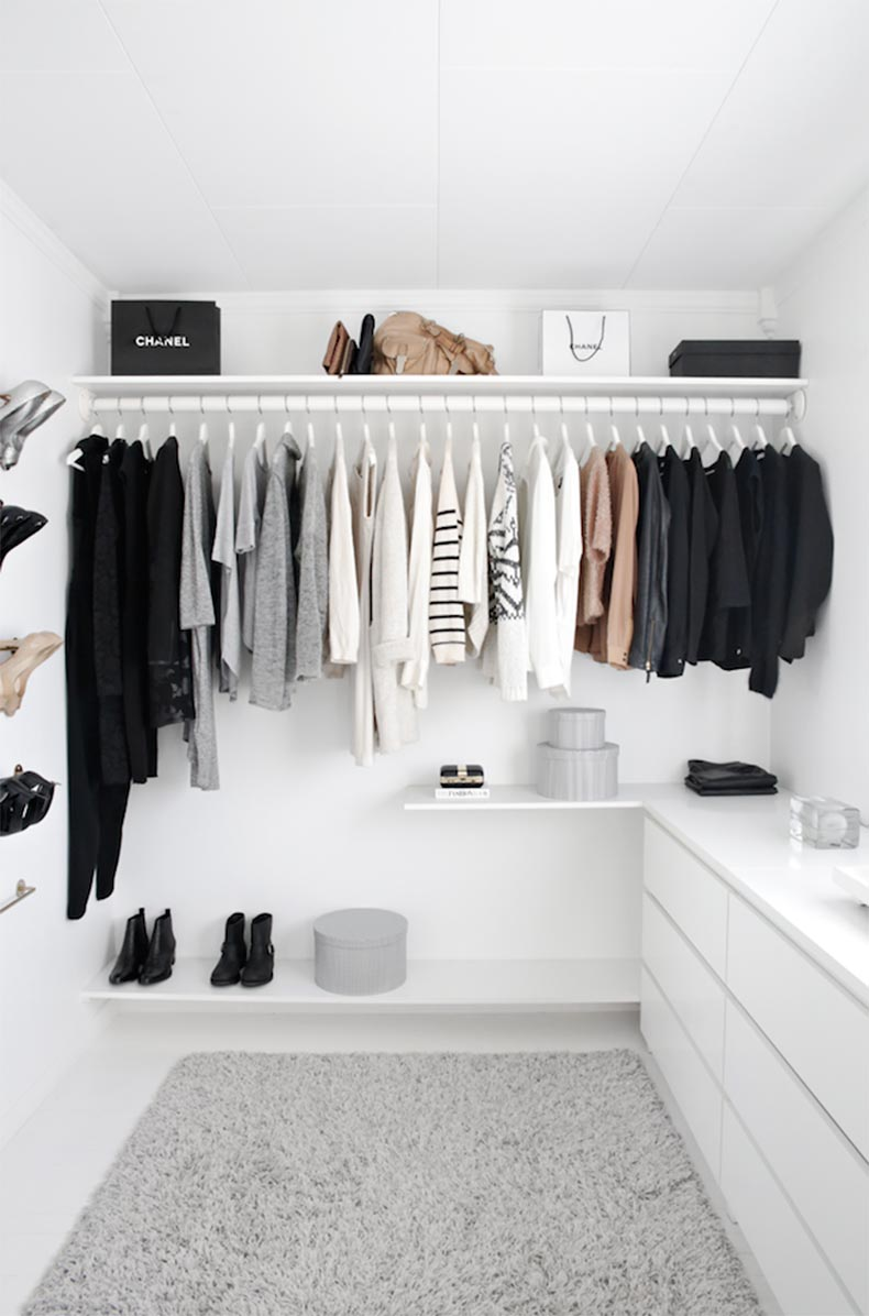 minimal-closet-spring-cleaning