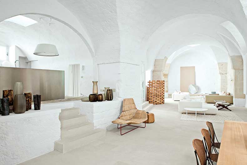 oracle-fox-sunday-sanctuary-minimalist-italian-house-polomba-4
