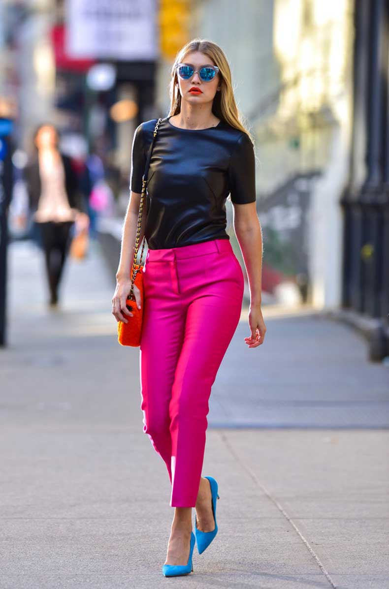 streets-SoHo-shoot-Gigi-stunned-hot-pink-pants