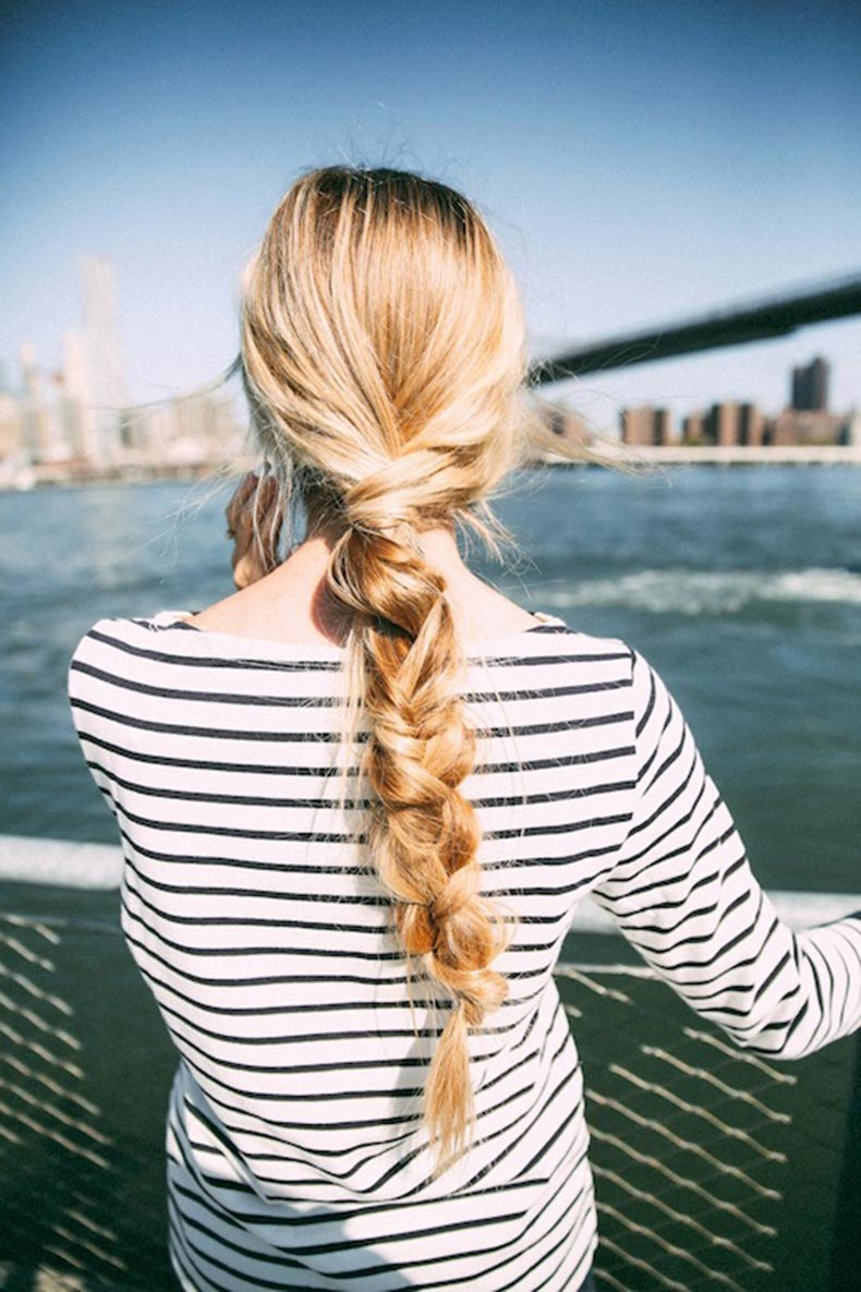 1-Le-Fashion-Blog-21-Braid-Ideas-For-Long-Hair-Single-Chunky-Braided-Ponytail-Hairstyle-Via-Barefoot-Blonde