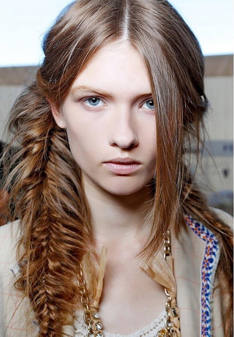 11-Le-Fashion-Blog-21-Braid-Ideas-For-Long-Hair-Messy-Side-Braided-Hairstyle-Via-Byrdie