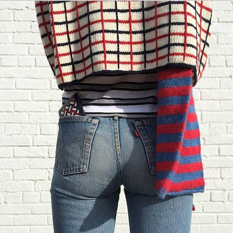 20-Le-Fashion-Blog-Shots-That-Prove-Levis-Make-Your-Butt-Look-Amazing-Levis-Mixed-Print-Knits-Jeans-Denim-Via-Instagram