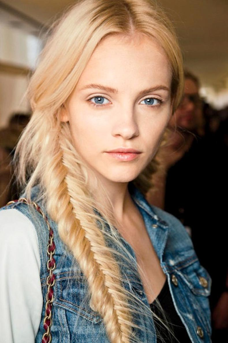 4-Le-Fashion-Blog-21-Braid-Ideas-For-Long-Hair-Blonde-Side-Fishtail-Ponytail-Braided-Hairstyle-Via-Glamour