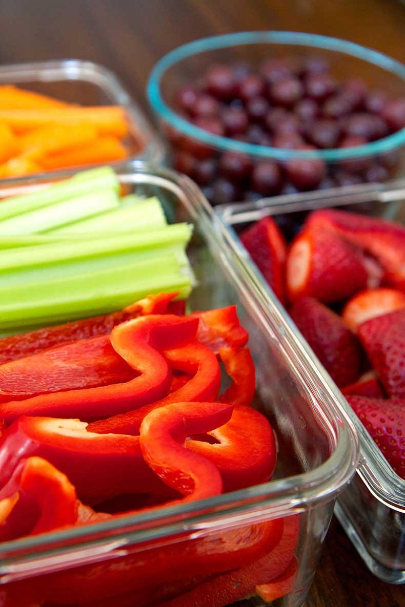 4fadd3757a408331_cut-fruit-and-veggies.jpg.xxxlarge_2x