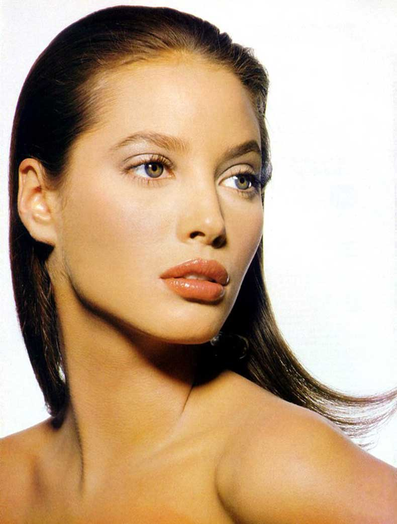 Christy-Turlington-132