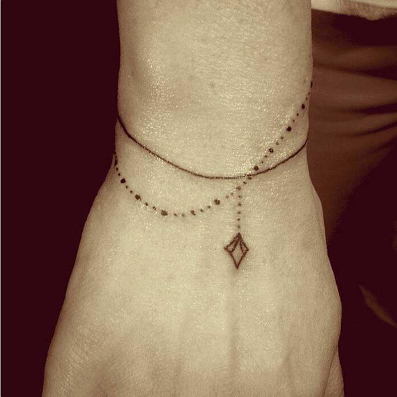 Delicate-Bracelet