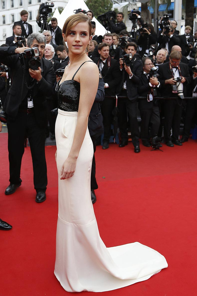 Emma-Watson-looked-perfectly-elegant-black--white-silk-crepon