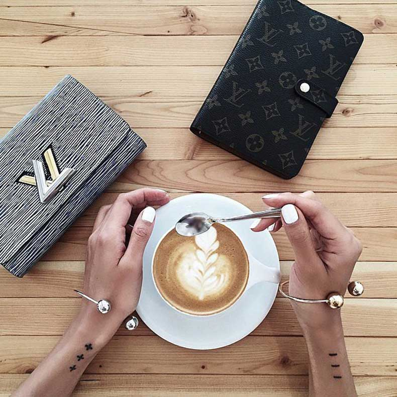 Fashion-Bloggers-Coffee-Instagram-Photos