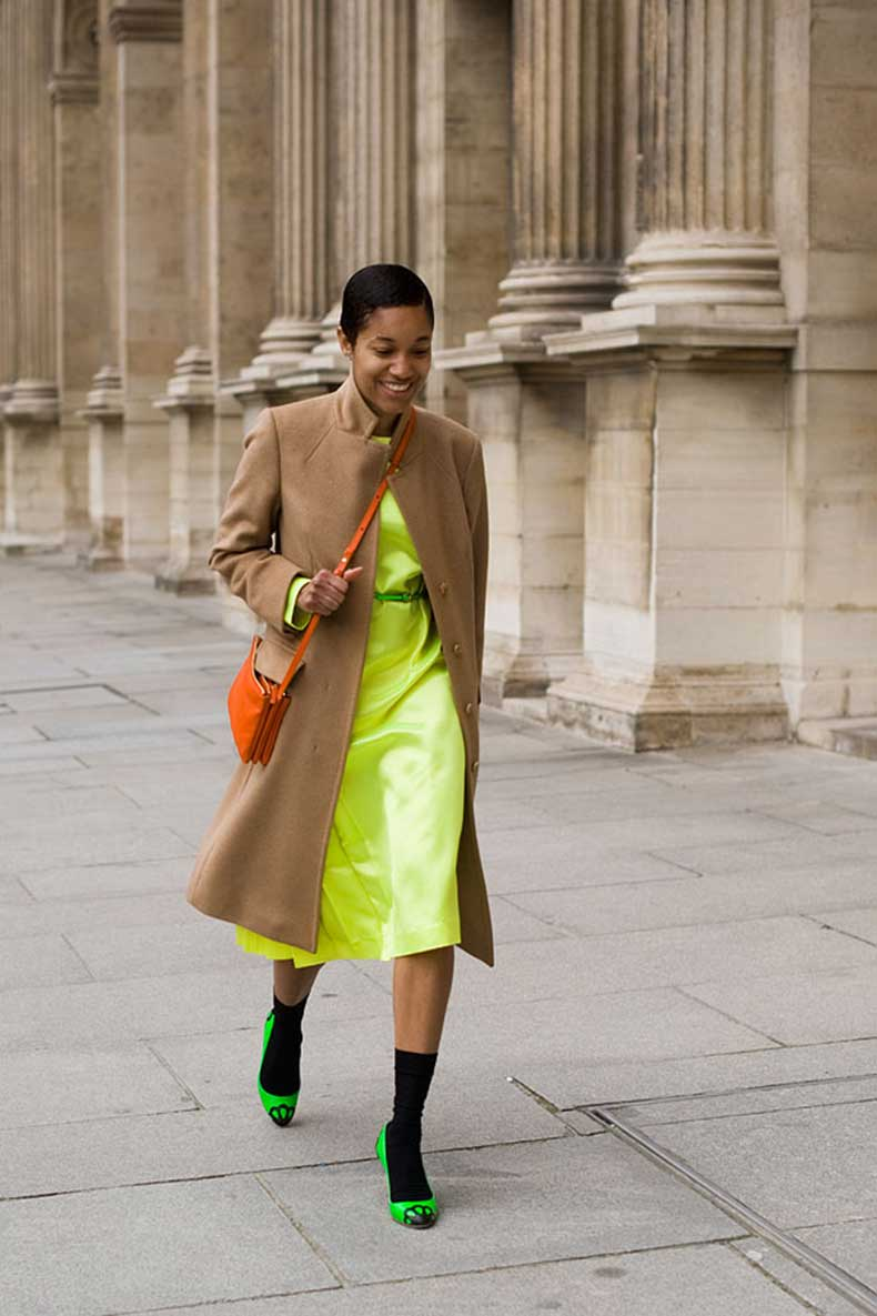How-To-Wear-a-Camel-Coat-15
