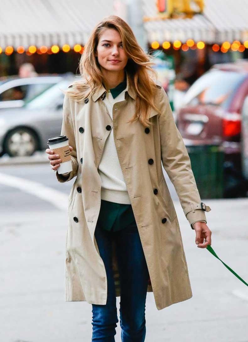 Jessica+Hart+Jessica+Hart+Walks+Dog+NYC+7Ltx3JyZLJBx