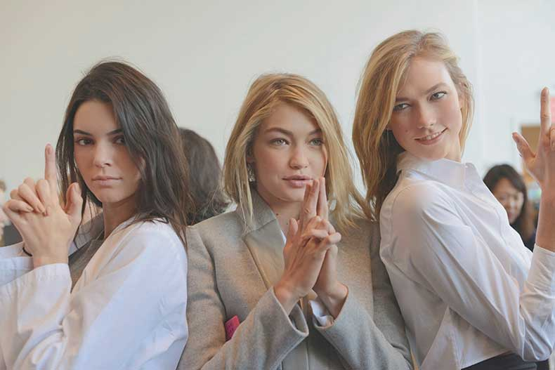 Kendall-Jenner-Gigi-Hadid-Karlie-Koss-Backstage-at-the-Michael-Kors-Fall-2015-Show
