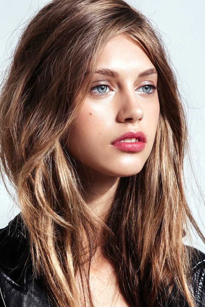 Le-Fashion-Blog-5-Easy-Hairstyles-For-When-Youre-Short-On-Time-Lazy-Girl-Hair-Textured-Tousled-Waves-Metallic-Eyes-Berry-Lips-Via-Refinery29