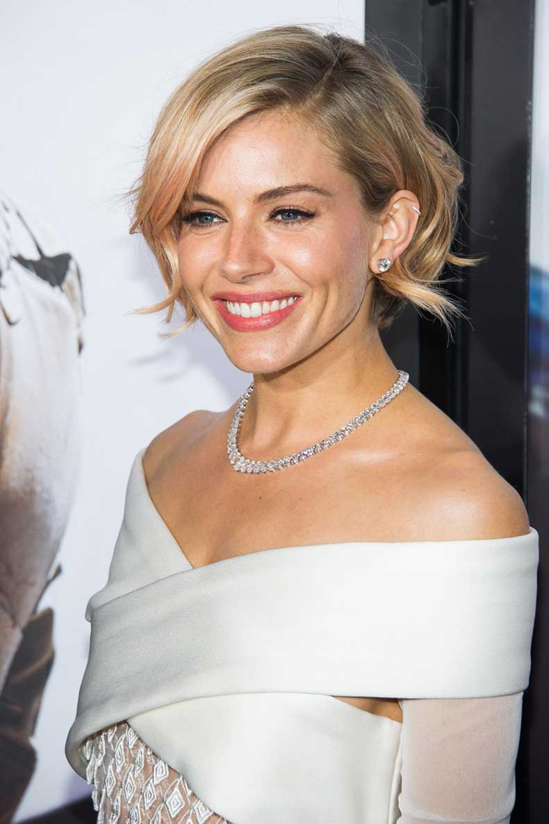 People-Sienna-Miller-835x1254