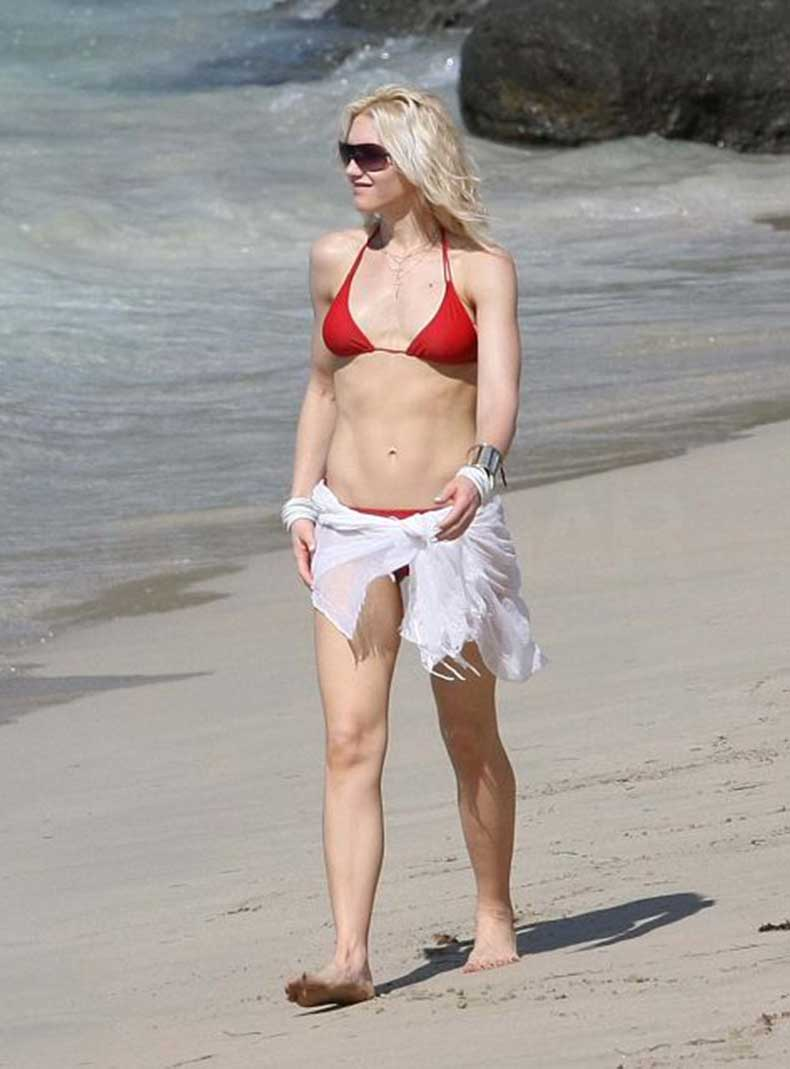 Photos-Gwen-Stefani-Bikini-St-Bart-Gavin-Kingston-Zuma
