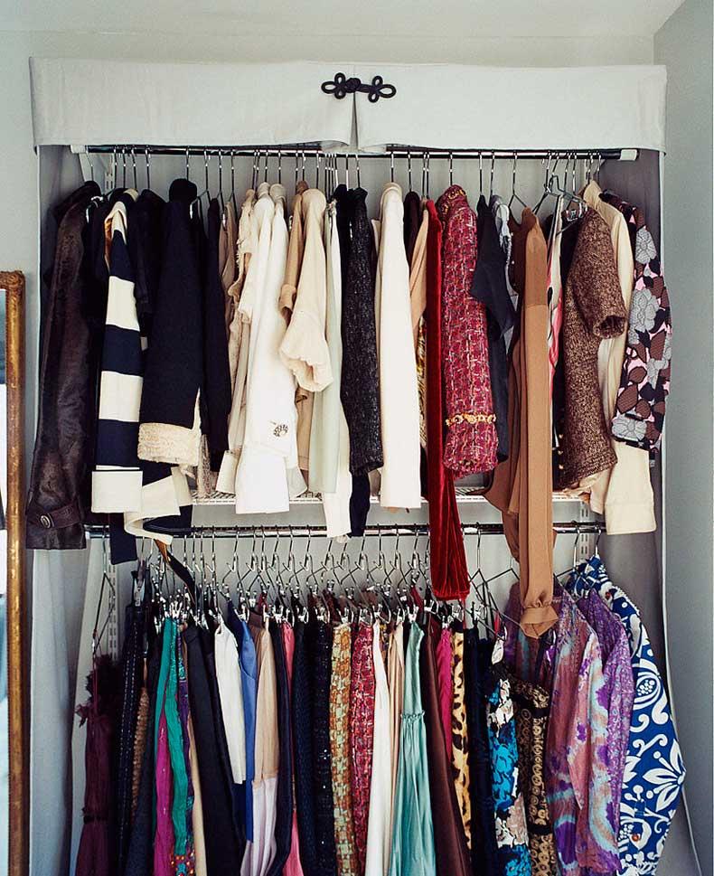 Step-3-Buy-Uniform-Hangers