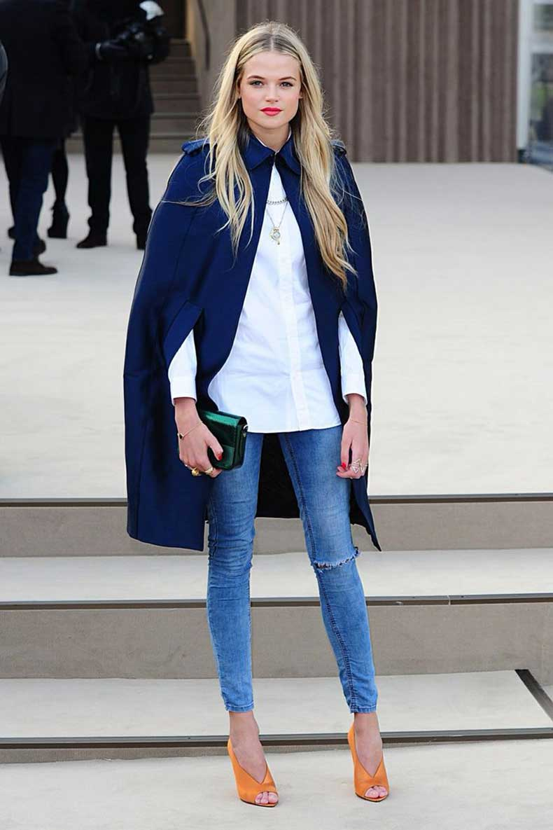 cape-coat-and-jeans