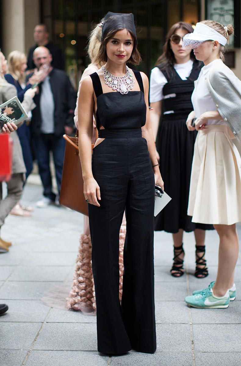 la-modella-mafia-Miroslava-Duma-in-a-black-cut-out-jumpsuit-15