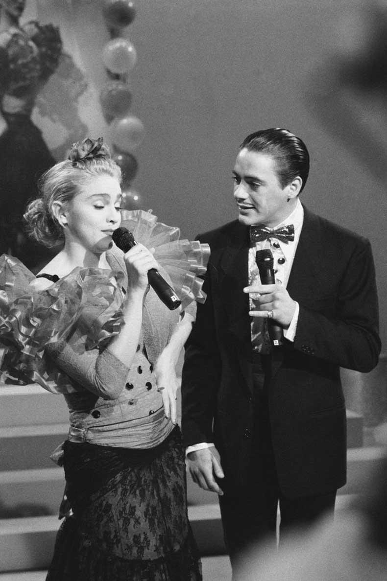 lace-skirt-on-Madonna