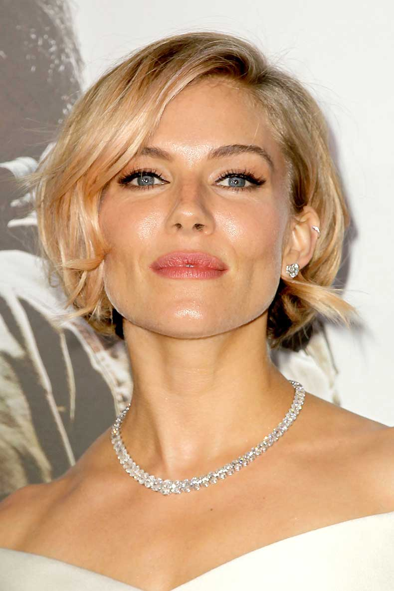 sienna-miller-beauty-vogue-16dec14-rex_b