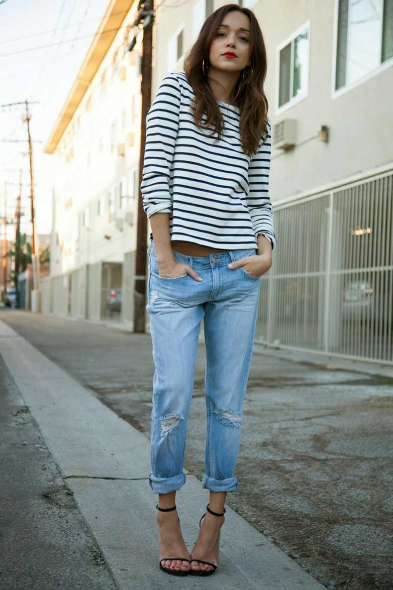 stripe-printed-shirt-and-jeans