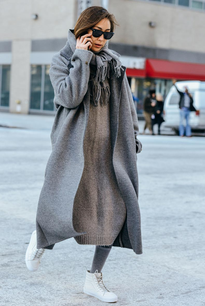 studded-hearst-grey-outfit-inspiration-jayne-min-winter-grey-outfit-streetstyle-nyfw-style.com_