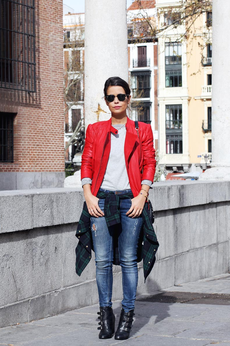 1366259299red_biker_jacket-check_shirt-street_style-outfit-1