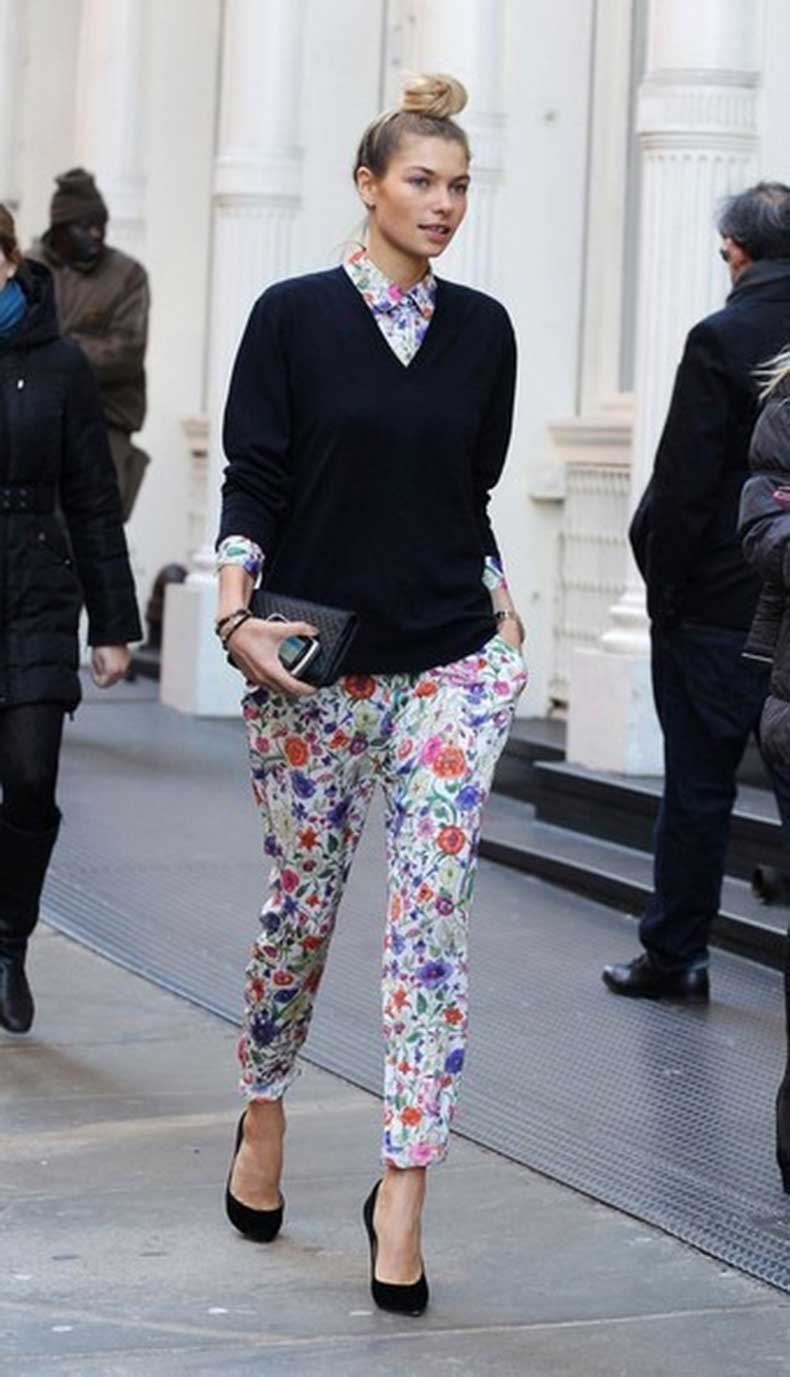 2015-Floral-Pants-For-Women-Street-Style-Trends-15